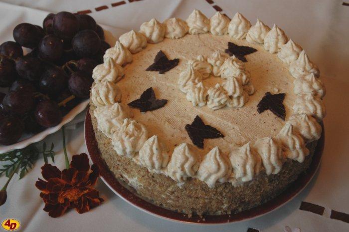 ořechový dort k narozeninám Česká hospodyňka   recepty, vaření, rady   Ořechový dort ořechový dort k narozeninám